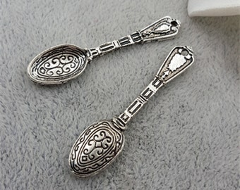 Vintage inspired palace carved victorian style mini spoon charms-50 pcs-F1160