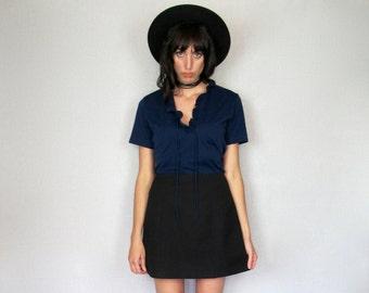 Dark Blue Ruffle Blouse Top 70s Low Cut Neck Tie Womens VTG - Size M
