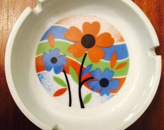 Vintage Ashtray Flower Power Mod 1960s Ceramic MINT