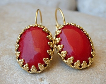 Coral Drop earrings. Red earrings. Vintage style earrings . Bridesmaid jewelry gift. Natural gemstone jewelry. Gold red coral earrings