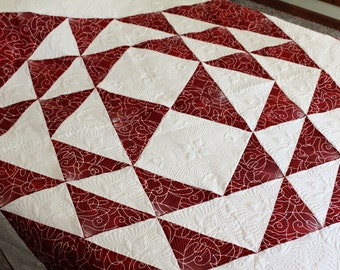 Dramatic two-color red white quilt. Stunning wall decor quilt. Table Topper.  XL Lap quilt. Coverlet. Duvet Cover. Bed cover. Bedspread.
