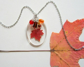 Maple Leaf Charm Necklace - Real Autumn Leaf Necklace - Botanical jewelry, Pressed leaf, leaf necklace, maple, Autumn jewelry, Canada, ooak