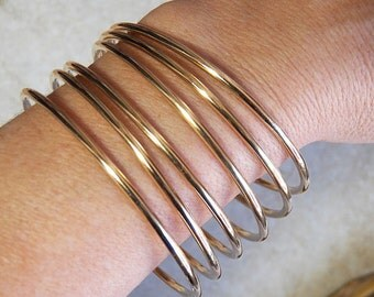 Classic BRASS Bangles - 10 gauge - Smooth or Hammer Textured - Handcrafted Bangle Bracelets