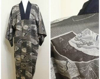 Japanese Vintage Kimono Juban. Brown Lined Men's Robe With Traditional Scenes (Ref: 068)