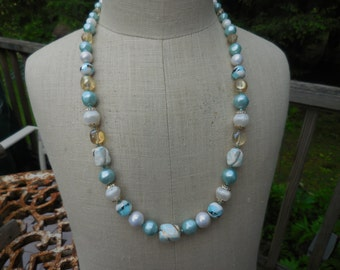 Vintage 1950s to 1960s Long Beaded Glass/Ceramic/Plastic Silver Tone Pearl White/Light Blue Gold Tone Necklace