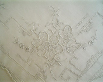 Vintage Hankie with Elaborate Roses and Pulled Thread Embroidery White Linen Handkerchief