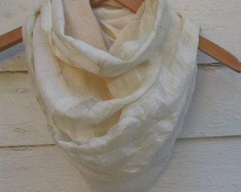 Pointed infinity scarf // One Of a Kind //Linen Patchwork