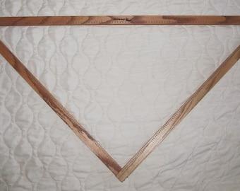 4' Adjustable Triangle Loom Hideaway Brand