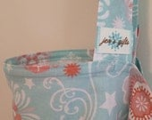 Nursing Cover Up in Mint with Pink Flowers, Breastfeeding Cover in Pastels