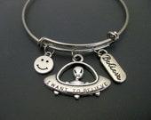 UFO Bracelet / Alien Bracelet / I Want to Believe Bracelet / Space Bangle / Charm Bracelet / Adjustable Bangle / Expandable Bangle /