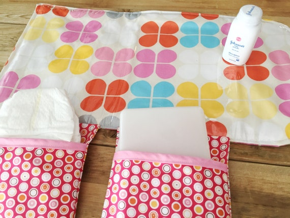 diaper changing pad diapering on the go pink retro flowers. Black Bedroom Furniture Sets. Home Design Ideas