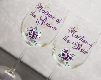 Mother of the Bride, Mother of the Groom wedding wine glasses with flourishes and flower bouquet