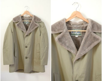 Vintage men's Maine Guide tan plush lined trench coat