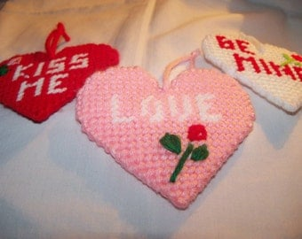 Valentines Day Hearts ORNAMENT  Set