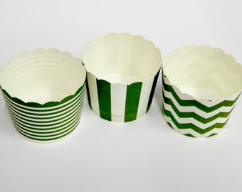 Cupcake Baking Cups, 20 Dark Green Baking Cups, Candy / Nut Cup, Baking Cup, Muffin Liners, Ring Stripe, Vertical Stripe, Chevron, Birthday