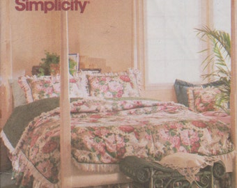 1990's Craft Sewing Pattern Simplicity 8037 Quilt Blanket and Pillow Shams Covers Home Decor - UNCUT