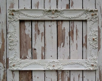 Antique White Picture Frame, Ornate Vintage Frame, Shabby Cottage, French Provincial, French Farmhouse, Wedding Frame, Open Frame