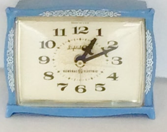 Vintage General Electric Blue Floral Electric Alarm Clock / GE Whimsical Clock