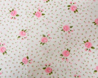 1950s Floral Fabric Remnant .... Vintage Fabric with Pink Flowers ... 4 1/2 Yards