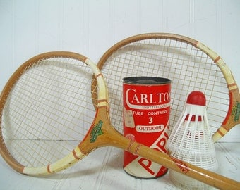 Wooden Badminton Racquets Duo - Vintage Mid Century Retro OutDoor Sports 5 Pieces Set - Repurpose Gameroom Decor - 2 Rackets & Shuttlecocks