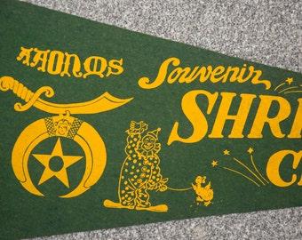 Shrine Circus Souvenir Felt Flag