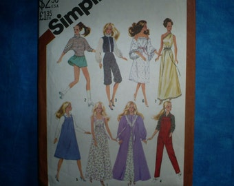 Simplicity  5637 Barbie clothing.