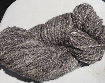 Handspun yarn   Natural