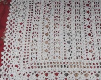 Crocheted White Baby Afghan (bk110)