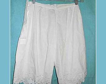 Vintage White Cotton Pantaloons Bloomers – Size M to L (1)