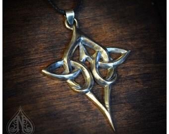 Celtic knot silver pendant Scáthach