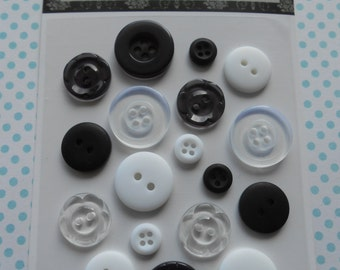 Buttons 18 pcs Assorted Black and White