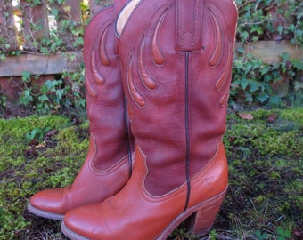 Vintage 1980s Bear Claw Frye Boots Size 7 Very Collectable!