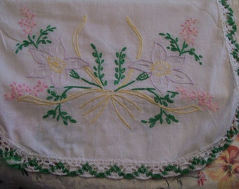 Vintage Table Runner Floral Hand Embroidered with Crochet Border