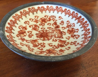 Beautiful Chinese Vintage Red and White ceramic or porcelain bowl with stoneware detailing