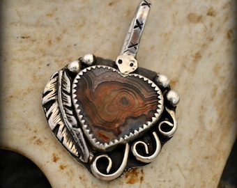 "Southwest pendant. Sterling silver lace agate necklace pendant. ""freedom and rebirth"""