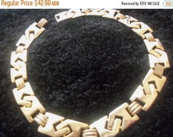 Now On Sale Vintage Goldtone Link Necklace Mad Men Mod