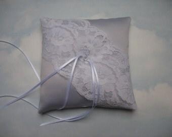 SALE * REDUCED PRICE * Grey silver wedding ring cushion. Ring bearer pillow.