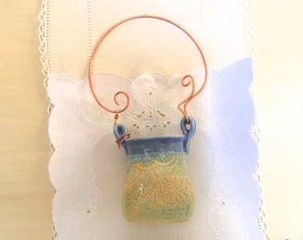 Pottery Wall Pocket in Handbuilt Stoneware, Hammered Copper Wire Handle, Sky Blue, Cream Orange, Wall Sconce, Flower Holder, Clay Basket
