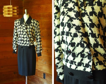 vintage St. John Marie Gray black and beige houndstooth knit sweater set / size medium large