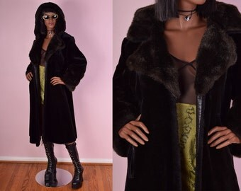 VTG Black Hooded Faux Fur Coat/ Medium/ Jacket