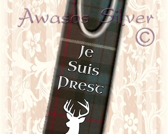 High quality metal bookmark with high quality original images. Clan Fraser Hunting Tartan on bookmark. Je Suis Prest.