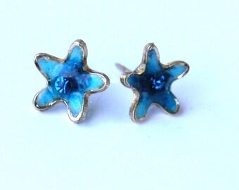 Flower stud earrings.  Blue stud earrings. Small stud earrings. Blue studs.  Under 20.