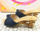 Betsy Johnson Denim Carved Wooden Shoes sz 7