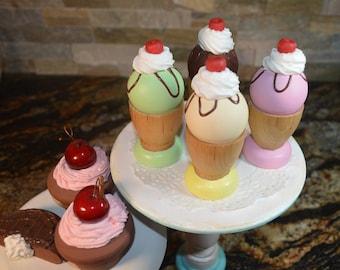 Wooden Ice Cream Sundaes Pretend Food