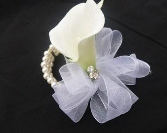 Calla lily wrist corsage, pin on corsage, rhinestone, pearl wristlet