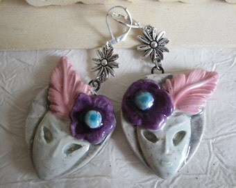 """Ravissantes boucles d'oreilles en céramique """"Des masques vénitiens"""""""