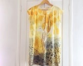 Mini dress. Gold. Made in Italy. Wearable art. Short sleeve, 100% cotton, gift for her, for all seasons