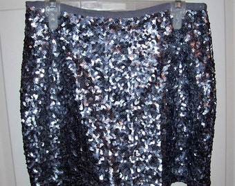 Vintage Ladies Silver Sequins Mini Skirt by London Jeans Size 6 Only 14 USD