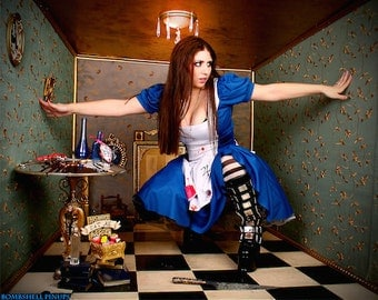 American McGee's Alice Cosplay Photo Print Princess Nightmare