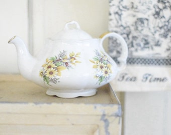 Vintage English Teapot - Floral - Made in England